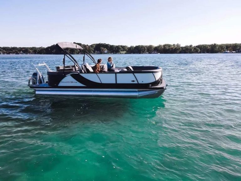 Largest Pontoon Boat Rentals Company Muskoka
